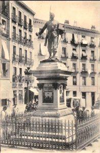estatua el cascorro antiguo